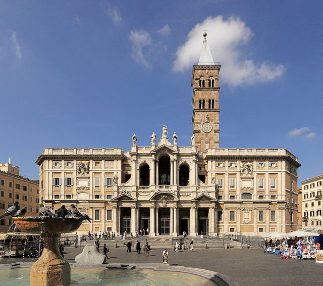 Photograph of the front of the church of Santa Maria Maggiore.